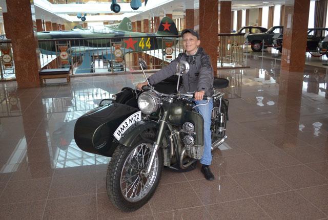 на_мотоцикле_na_mototsikle