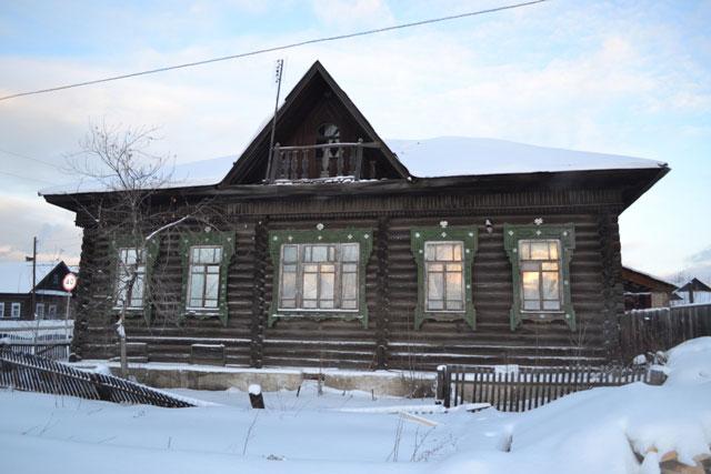 дом_с_балконом_dom_s_balkonom