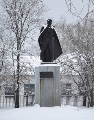 памятник_Малышеву_pamyatnik_Malyshevu