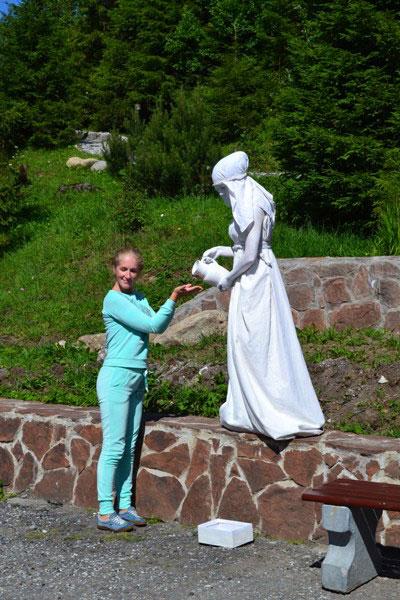 ожившая_статуя_ozhivshaya_statuya