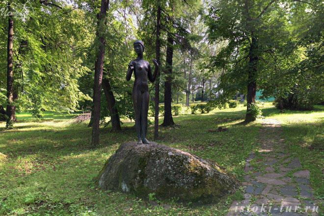 статуя_Юность_statuya_Yunost'