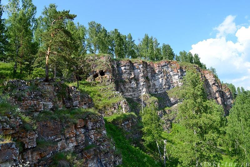 пещера_в_скале_peshhera_v_skale