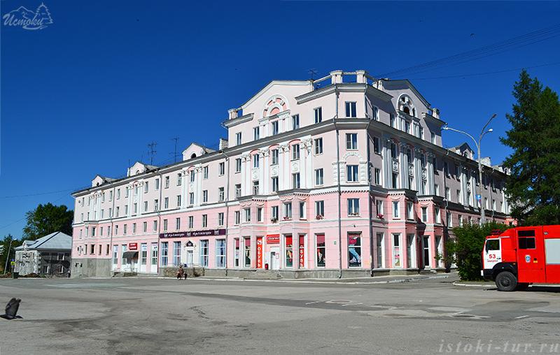 дом_сталинской_архитектуры_dom_stalinskoj_arhitektury