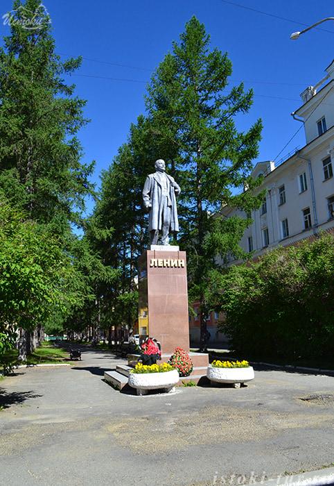 памятник_В.И.Ленину_pamjatnik_V.I.Leninu